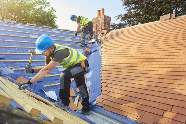 Five Summer Roofing Safety Tips You Should Know