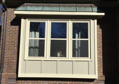 3 beige dh window