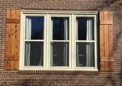 3 dh beige exterior windows